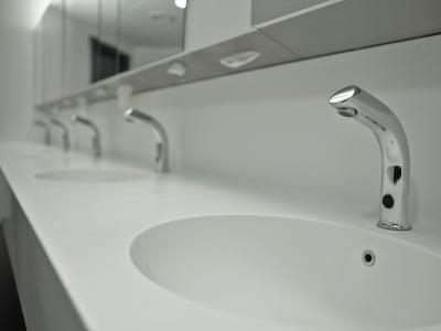 210 Toilette Au Lavabo